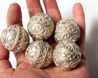 5 x Moroccan Berber egg beads, handmade beads jewellery supplies metal, beads for enamelling