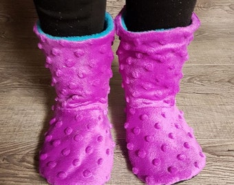 Pitter Patter Slipper Boots pattern, toddler/kid/youth sizes, reversible option