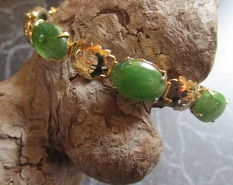 Green Jade Linked Bracelet With Gold Tone