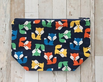 foxy foxes | zippered wedge project bag | single skein