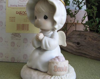 Precious Moments Sowing the Seeds of Kindness Angel Figurine Retired Collectible Figure Sailboat Symbol 1995