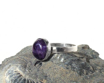 Sterling Silver Amethyst Ring - Size 6
