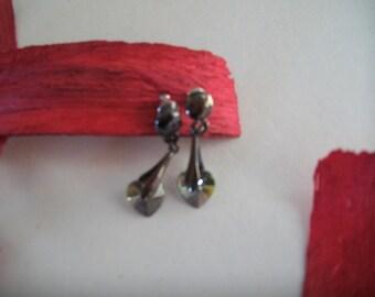 with swarovski crystal heart Stud Earrings