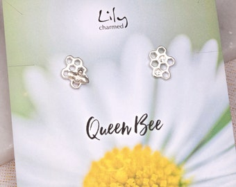 Silver Honeycomb Stud Earrings with 'Queen Bee' Message Card
