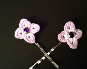 Set of two flower hair pins