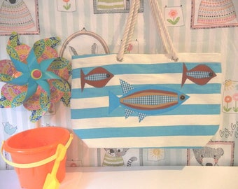 Tote Bag with 3  Appliqued Fish/Nautical Rope Handles/Great for Beach/Vacation