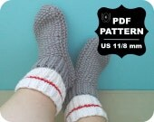 French KNITTING PATTERN / Digital Download / #10 / Knitted Slippers / Your Size / US11 / 8mm