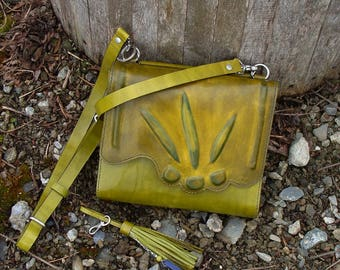 Spring, two green leather shades, made in Canada, shoulder bag saddle stitched point mother, gift