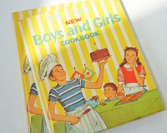Betty Crocker's Boys and Girls Cookbook / Vintage 1970's Kids Illustrated Cookbook / Great Funny Recipes