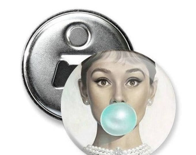 GLAMOUR // The magnet and bottle opener, 2 in 1 // Audrey Hepburn