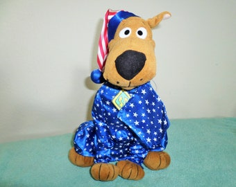SALE! 23! Warner Brothers Plush Scooby/Stands 12 Inches Tall/Blue Satin Night Shirt With White Stars & Matching Stocking Cap! Tush Tags Only