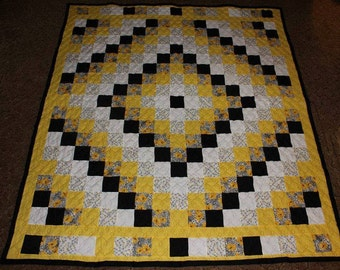 Queen Quilt - Custom Made Quilt - Queen Size Quilt - Trip Around the World Quilt - Supply Your Own Fabrics - 50% DEPOSIT
