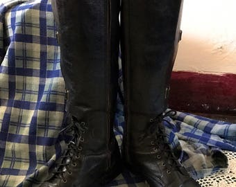 Vintage knee high Womens Black Leather Riding Boots size 7