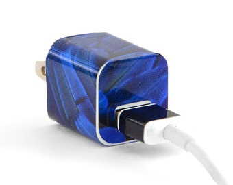 TechTattz Blue Macaw Pattern USB Charger Decal Skin Wrap Sticker