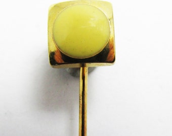 Polished Vintage 1960s Gold Toned Stick or Hat Pin with Yellow Stone