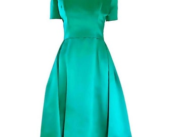 Beautiful 1950s Michael Novarese Kelly Green Silk Satin Fit n' Flare 50s Vintage Dress Mad Men Midcentury