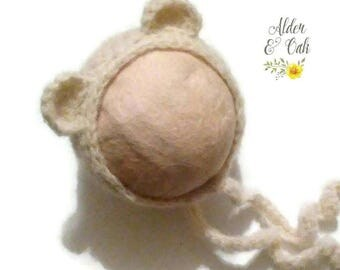 Newborn bear bonnet (newborn bonnet) (baby bear bonnet) (newborn photo prop)
