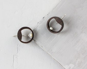 Circle earrings / White pearl earrings / Small hoop earrings / Dangle earrings / Wood earrings / Geometric earrings / Earrings for women