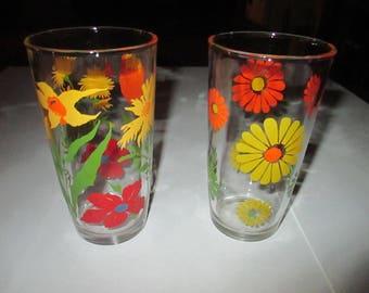 Vintage Sour Cream Glasses, Tumblers, bright flowers, Hazel Atlas, 1960's