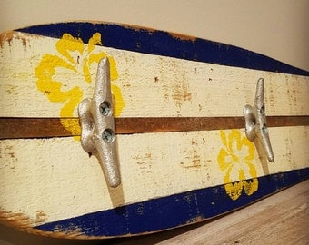 Handmade, Pallet Towel Rack, Pallet Coat Rack, Rustic Towel Rack, Rustic Coat Rack, Surfboard, Surfboard Towel Rack