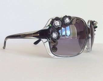 Nightshades - Studs Flowers Black Embellished Sunglasses Black/Grey Spikes Sunnies Shades