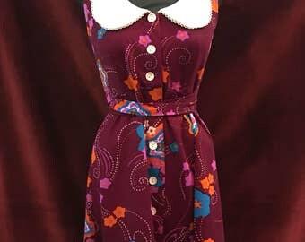 Vintage 1970's Floral & Peter Pan Collar Dress