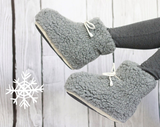 ON SALE Handmade Sheepskin Lambskin Slippers | 100% real WOOL Medical Slippers | Women's Slippers | Warm slippers | Christmas Gift | Furry s