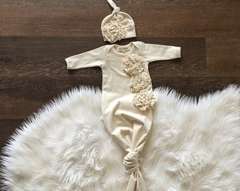 Organic knotted gown, newborn girl coming home outfit, knot gown, baby sleep sack, natural cream with ruffles, infant sleeper, gown and hat