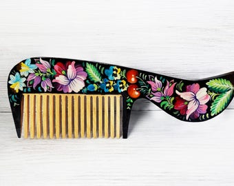 Summer party Personalized birth flower comb handpainted wooden comb, Wooden Hair brush, Hair care, combs Brush spa massage Wood brush Wooden