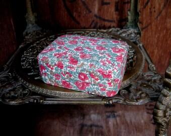 Floral Trinket Box, Fabric Box, Trinket Box, Vintage Box, Jewelry Box, Jewellery Box, Keepsake Box, Gift Box, Box With Mirror, Floral Box