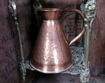 Copper Jug, Vintage Pitcher, Copper Pitcher, Copper Flagon, Rustic Decor, Copper Vase, Antique, Mid Century Decor, 1960s Decor, Hammered Jug