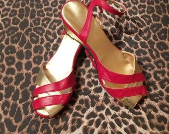 Vintage 1940s 1950s Style Red and Gold Wedge Ankle Strap Peep Toe Sandals Shoes - size 8UK