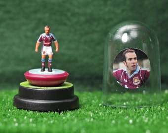 Paolo Di Canio (West Ham Utd) - Hand-painted Subbuteo figure housed in plastic dome.