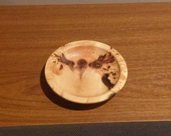 Diminutive Maple burl plate