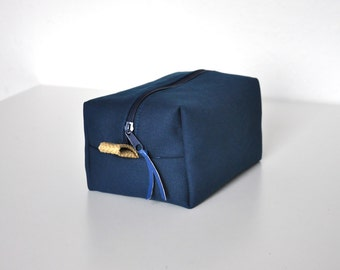 mens toiletry bag, travel case, box purse, cosmetic pouch