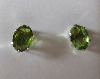Peridot (7x5mm) Faceted Gemstone Sterling Silver Stud Earrings, No. 2149.