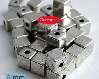 Plain Silver Tone Pewter Cube Beads--24 Pcs | SU119-24