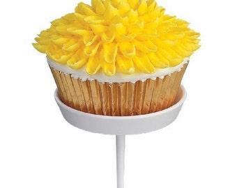 Wilton Decorating Nail Set of 4 - Cupcake Decorating Flower Making Cakes Icing Piping