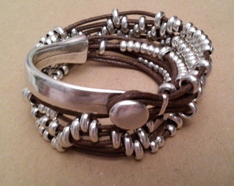 One of 50 style bracelet double zamak and lace Brown