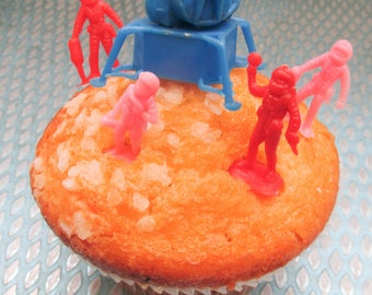 Vintage 1960s Deadstock Apollo Space Landing Cake Topper Set