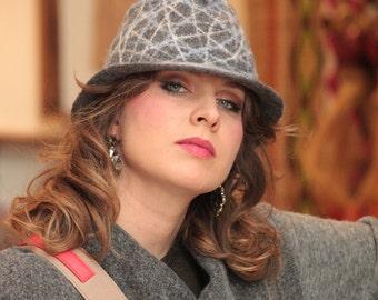 Felted hat, gray hat, felted fedora hat, gray fedora, merino wool hat, handmade hat, OOAK hat, geometric design hat, gray handmade fedora