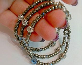Bracelet gray Pearl, bracelet silver, bracelet of grain