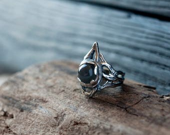 Grey moonstone ring - Witch ring - Gothic ring - New moon ring - Black gem ring - Geometric ring