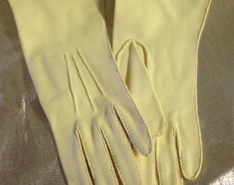 1950s Handsewn Gloves in Buttercup Yellow Made by Fownes Doette De Luxe in Cotton, Double Woven, Size 61/2. Perfect for church or brunch.