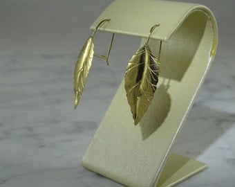 14 K  Gold Leaf  Earrings (pierced)