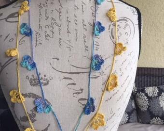 Handmade crochet flower necklace // Boho style // festival necklace