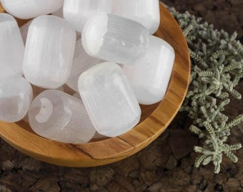 Small White SELENITE Tumbled Stone, Selenite Crystal, Selenite Slab, Positive Energy Healing Crystal, Healing Stone E0245