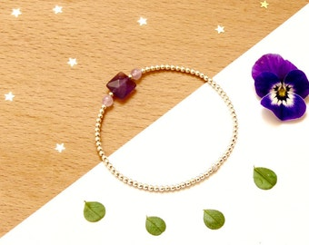 Violet flame, Amethyst dark, square and faceted and Silver 925 on elastic bracelet