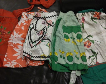 Vintage Aprons  lot of 5