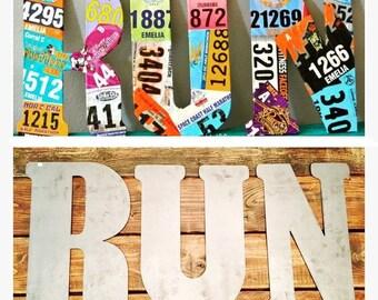 Metal RUN- Running bib display